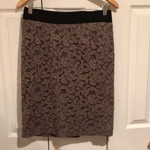 Banana Republic lined taupe skirt